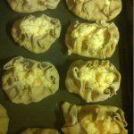 Pasteitjes voor het bakken.