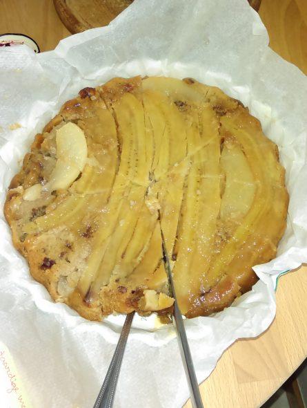 Beter banaan-peer-pecannoten-taart