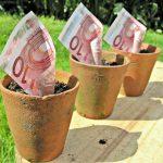 Geld in een potje. Foto: flickr / TaxRebate.org.uk