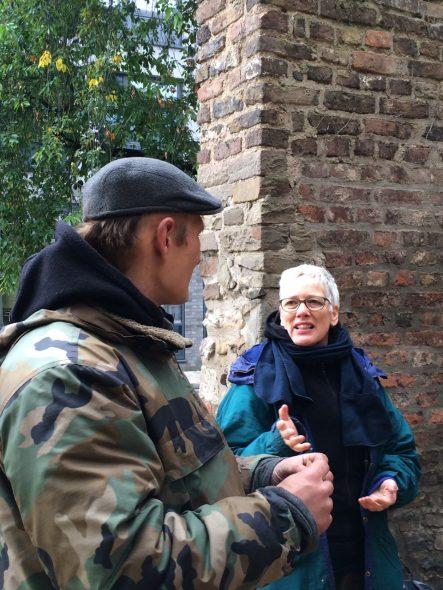 Zenpeacemakers Keulen straatretraite Ellen Eggerdink in gesprek