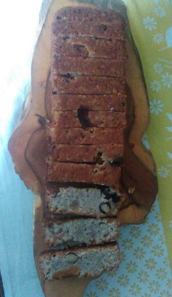 Beter Jana mueslicake met hazelnoten en abrikozen met banaan