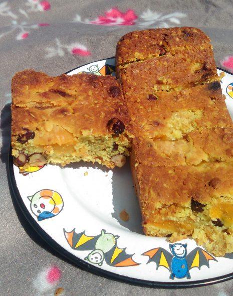 Beter Jana mueslicake met hazelnoten en abrikozen met tofu