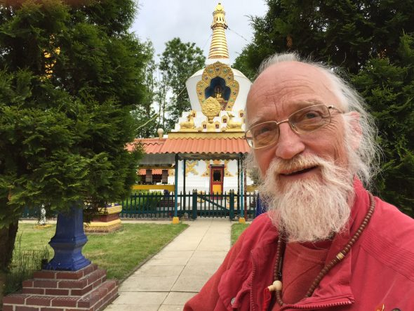 Menno Bijleveld not the end Sherab begeleider Lama Gawang rinpoche in Hantum Friesland